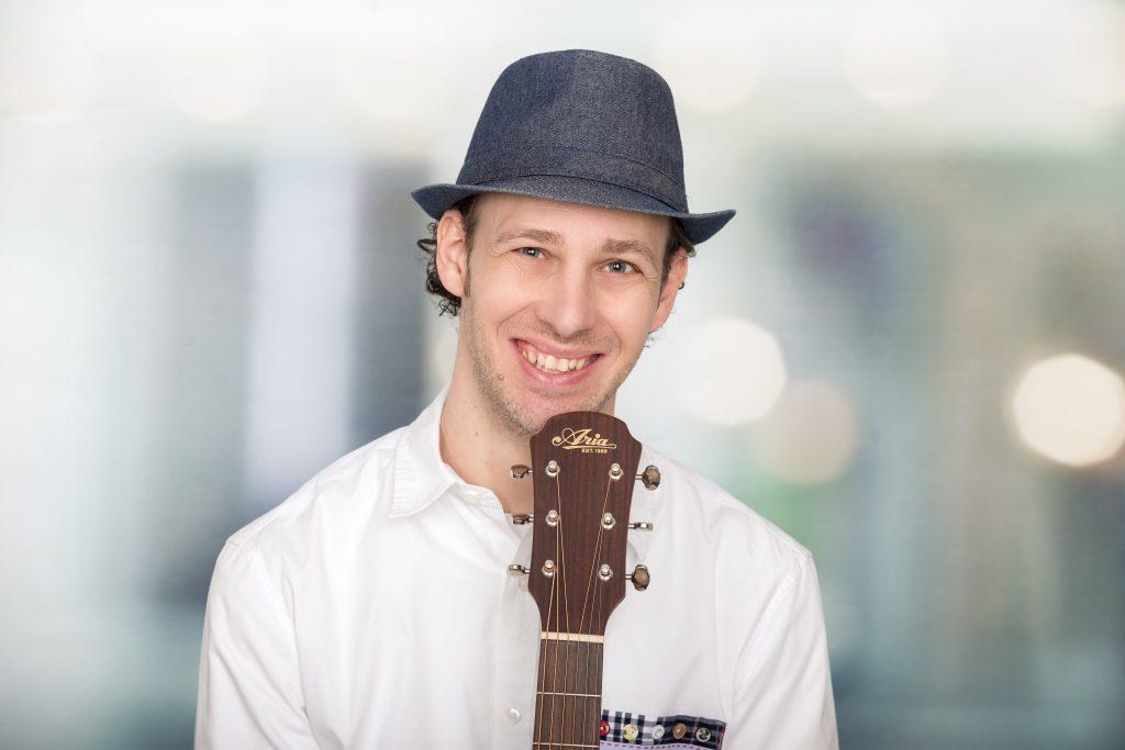 Familienliedermacher Daniel Dorfkind